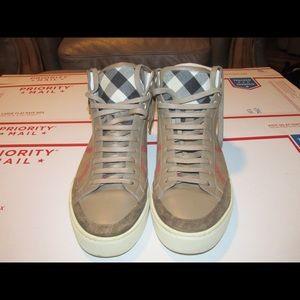 Burberry Men's High Top sneakers size 41 UK / 8 US